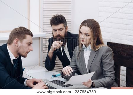 Business Partners, Businessmen At Meeting, Office Background. Woman Lawyer Explain Terms Of Transact