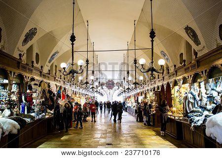 Krakow, Poland - Circa January, 2014: The Crowded Cloth Hall Gallery, Or Sukiennice, Located On Ryne