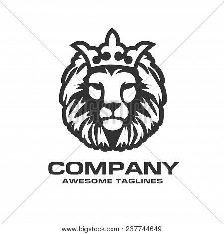 The Head Of A Lion With A Royal Crown,lion Head With Crown Vector, Vector Sign Concept Illustration.