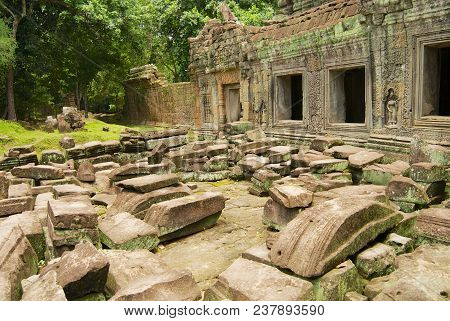 Siem Reap, Cambodia - August 09, 2008: Exterior Of The Ruins Of The Preah Khan Temple In Siem Reap,