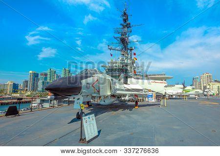 San Diego, Navy Pier, California, Usa - August 1, 2018: War Jet Plane On The Uss Midway Cold War Bat