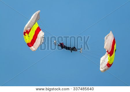 Cadiz, Spain-sep 13:  Parachutist Of The Papea Taking Part In An Exhibition On The 1st Airshow Of Ca
