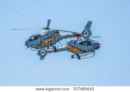 Cadiz, Spain-sep 14: Helicopters Of The Patrulla Aspa Taking Part In An Exhibition On The 1st Airsho