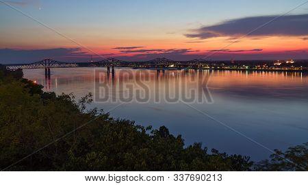 Beautiful Sunset Scenery At The Mississippi Bridge In Natchez, Mississippi