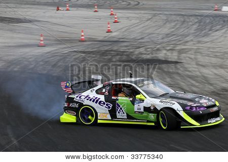KUALA LUMPUR - Mai 19: Malaysias Muhammad Zaiham Hamdan fahren einen Nissan Silvia macht eine Praxis ru
