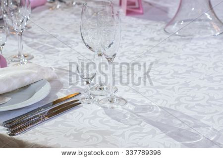 Wedding Table Decorations Set - Bocals, Plates, Knifes