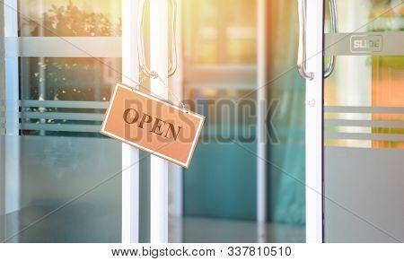 Open Sign Door Glass In The Shop / Business Sign Open Come Hang In Cafe Restaurant Door Slide