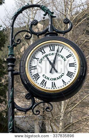 Georgetown,colorado - October 28,2017 :historic Street Clock In Georgetown,colorado,america.