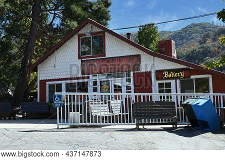 OAK GLEN, CALIFORNIA - 10 OCT 2021: Angus McCurdy Restaurant at the Parrish Pioneer Ranch.
