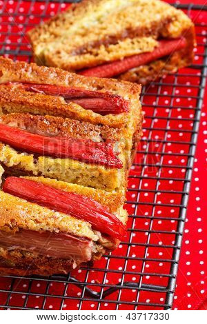 Rhubarb And Custard Cakes