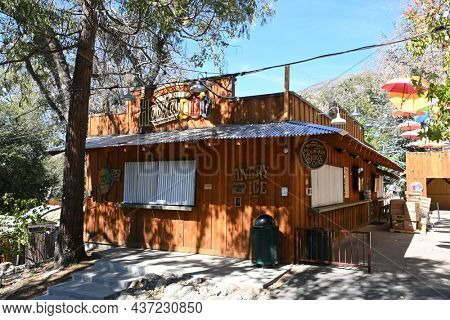 OAK GLEN, CALIFORNIA - 10 OCT 2021: Hava-Dog hot dog stand  at Oak Tree Mountain established 50 years ago as a small apple shed has grown to be a 14- acre family fun park.