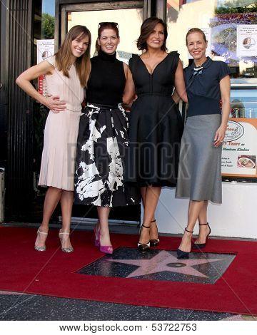 LOS ANGELES - NOV 8:  Hilary Swank, Debra Messing, Mariska Hargitay, Maria Bello at the Mariska Hargitay Hollywood Walk of Fame Star Ceremony at Hollywood Blvd on November 8, 2013 in Los Angeles, CA\