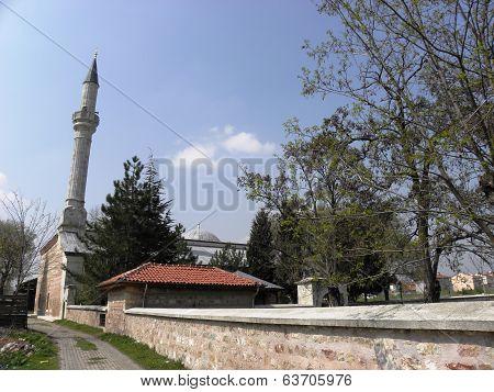 Yildirim Beyazit mosque build in 1400 year in Edirne