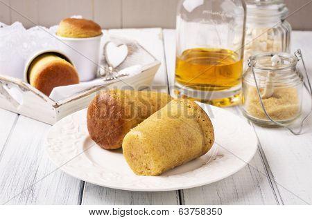 Rum baba dessert