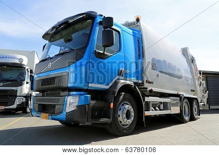 New Volvo FE Refuse Collector Truck