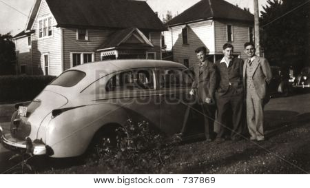 vintage 1943 photo