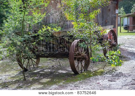 Rusty Old Cart.
