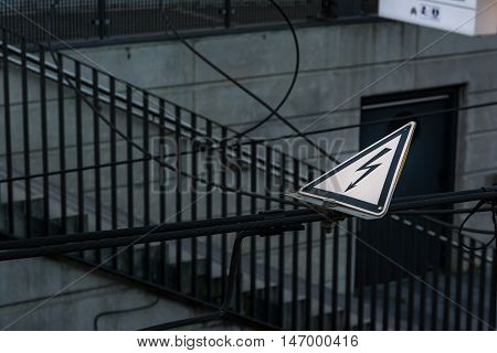 Shock Warning Caution Yield Sign Power Line Triangle Metal
