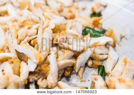 Stir-fried salted egg with squid Fried squid eggs