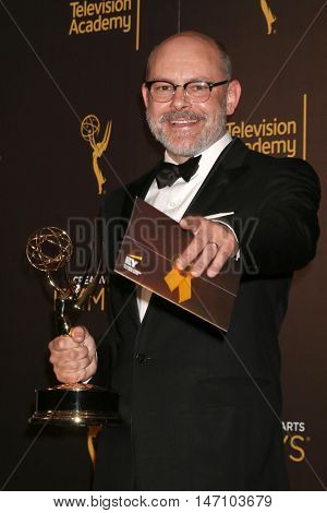 LOS ANGELES - SEP 11:  Rob Corddry at the 2016 Primetime Creative Emmy Awards - Day 2 - Arrivals at the Microsoft Theater on September 11, 2016 in Los Angeles, CA