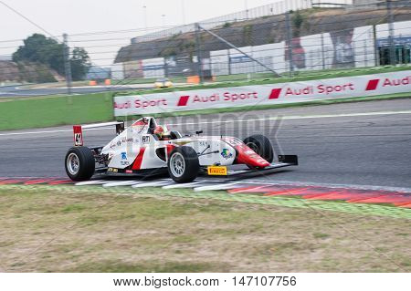 Vallelunga, Rome, Italy. September 10Th 2016. Formula 4 Championship, Raul Guzman In Action