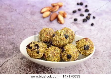 Hemp protein brazil nut raisin energy balls