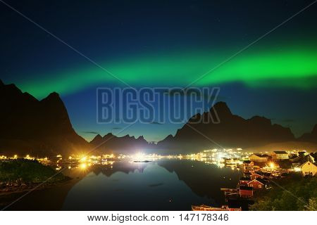 Nothern Lights and Reine, Lofoten Islands, Norway