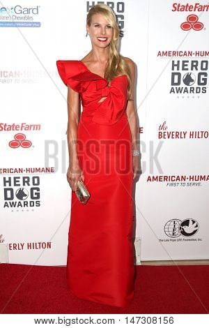 LOS ANGELES - SEP 10:  Beth Ostrosky Stern at the 2016 American Humane Hero Dog Awards at the Beverly Hilton Hotel on September 10, 2016 in Beverly Hills, CA
