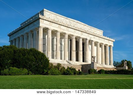 The Lincoln Memorial in Washington DC on a clear sumer day