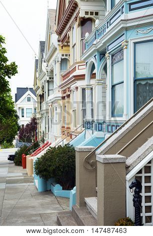 San Francisco California the colore traditional houses of Alamo square