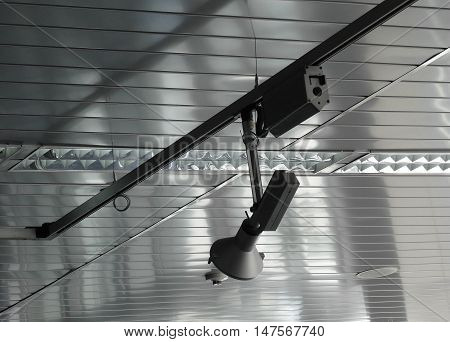 Rolling spotlight system and plafond light on the video studio ceiling