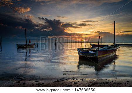 Labuan, Tanjung Aru Nelayan : The fisherman boat dock near the beach