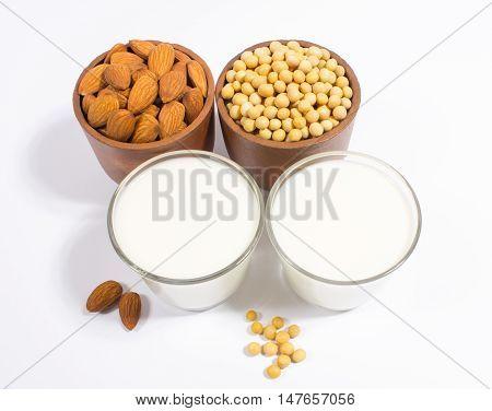 Different Vegan Milk - Vegan Food And Drink.