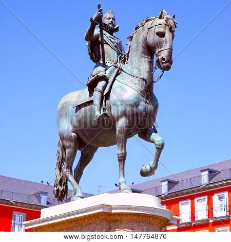 Equestrian statue of King Philip III (created in 1616 by Jean Boulogne and Pietro Tacca) on Plaza Mayor in Madrid, Spain