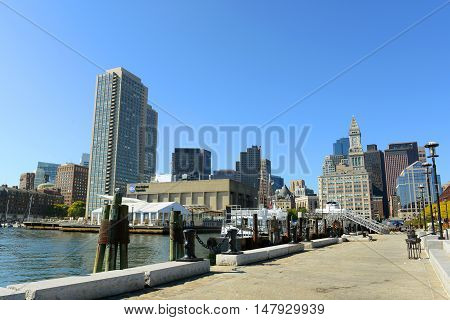 BOSTON - OCT 2, 2013: Boston Custom House in Financial District in Boston, Massachusetts, USA.