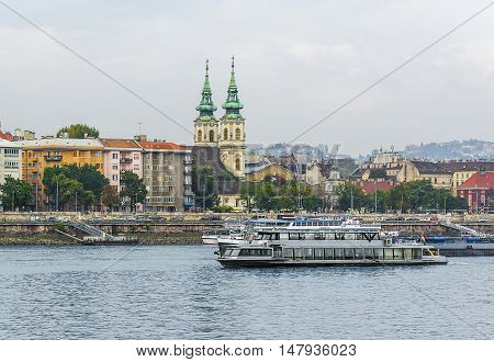 BUDAPEST, SEPTEMBER 17: View of Buda side of Budapest with the Buda Castle, St. Matthias and Fishermen's Bastion on September 17, 2016 in Budapest, Hungary.
