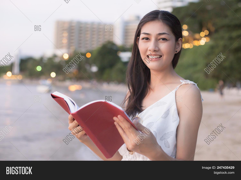Girl flash at beach