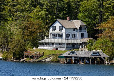 A House By The Water In Lake George New York