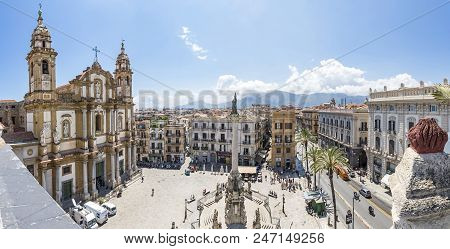 Palermo, Italy - May 10, 2018: Church Of Saint Dominic (chiesa Di San Domenico E Chiostro) And Immac
