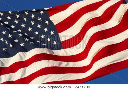 Flag Wind