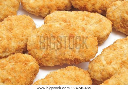closeup of a pile of chicken nuggets