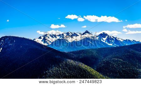 Rugged Peaks Of The Cascade Mountain Range On The Us-canada Border As Seen From The Cascade Lookout