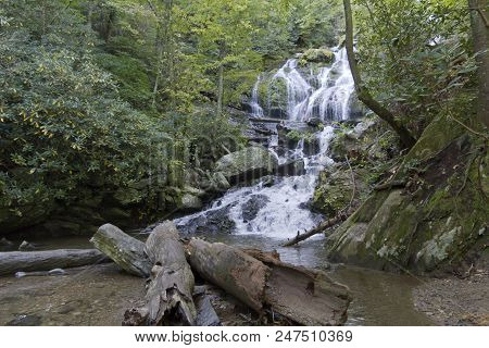 Catawba Falls, A Scenic Waterfall In The Blue Ridge Mountains, Cascades Over 100 Feet Onto Rocks And