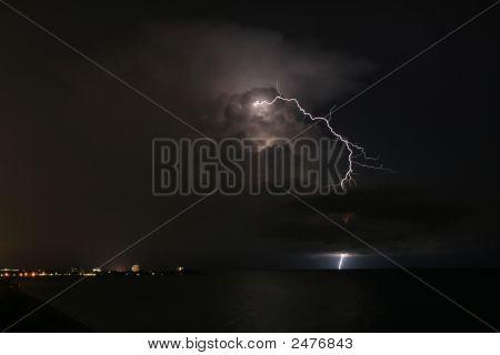 Lightning Stom