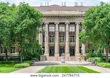 Smith Hall School Of Chemistry
