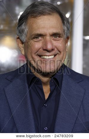 LOS ANGELES - FEB 16: Les Moonves at the premiere of 'Unknown' held at the Regency Village Theater in Los Angeles, California on February 16, 2011