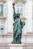 Bartholdi's New York Statue of Liberty replica in Nice France, installed on the Quai des Etats-Unis, across from the Opera of Nice, commemorating 100 years since First World War poster