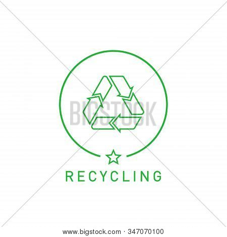 Recycling Sign Green Round Line Sticker With Mobius Strip, Band Or Loop. Design Element For Packagin