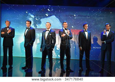Orlando, Fl - Nov 24: James Bond Wax Statues At Madame Tussauds Wax Museum At Icon Park In Orlando,