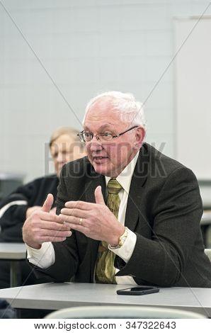 Inver Grove Heights, Mn/usa -january 26, 2020: Former Minnesota Supreme Court Judge Paul Anderson Sp